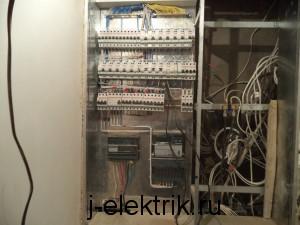 Реконструкция этажного щитка с заменой автоматов
