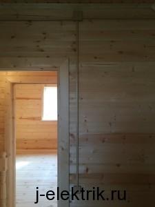 Монтаж короба под выключатель деревянном доме