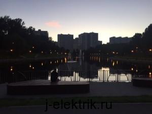Наружное освещение в парке
