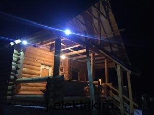 Электромонтажные работы в доме из бревна