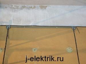 Монтаж труб и распаячных коробок перед покраской